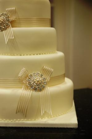4 Tier Classic Cream Wedding Cake