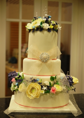 Vintage Flower Wedding Cake