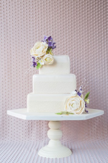 Vintage Cream and Lilac Wedding Cake