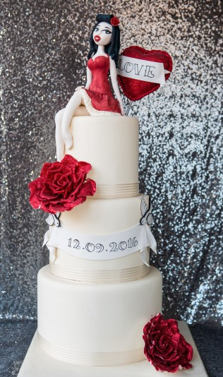 Rockabilly Pin Up Wedding Cake