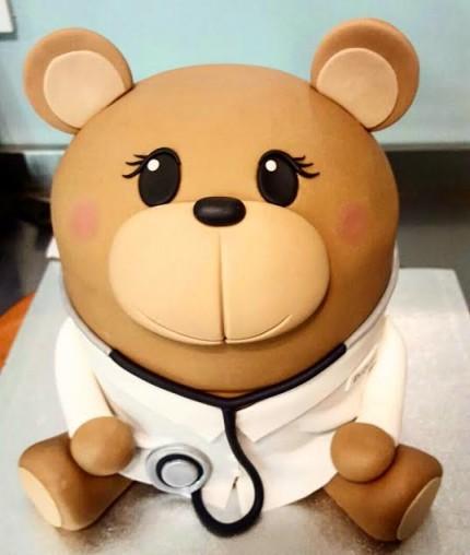 3D Bear Doctor Cake