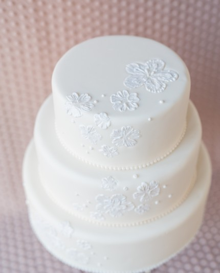 Ivory Brush Embriodery Wedding Cake